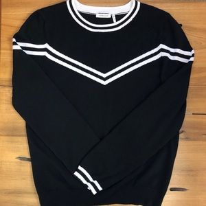 Embossed Long Sleeve Sweater Black & White Striped